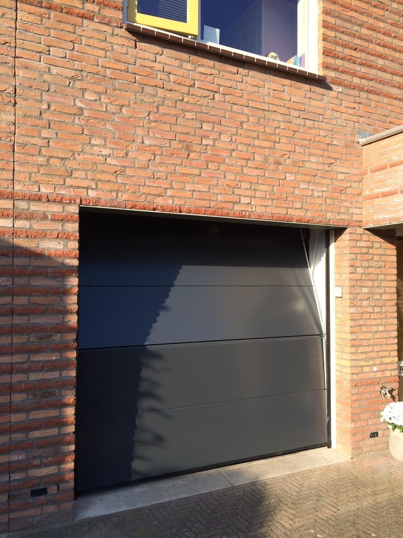 Carroom Car Lifts And Design Garage Doors Nieuws Van